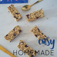 Easy Homemade Muesli Bars