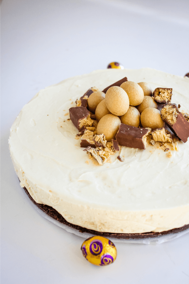 What's even better than a cheesecake? A Caramilk cheesecake! The caramelised flavours of Caramilk chocolate work so well with cream cheese, giving this cheesecake an amazing caramelised white chocolate taste.