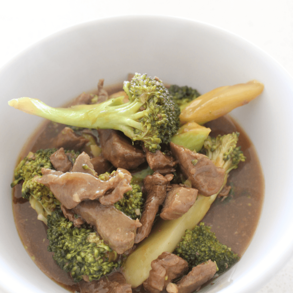 This slow cooker beef and broccoli is the ultimate quick and easy dinner, and it tastes just as good, if not better, than the takeaway version.  Just throw everything in the slow cooker and let it do all of the work.