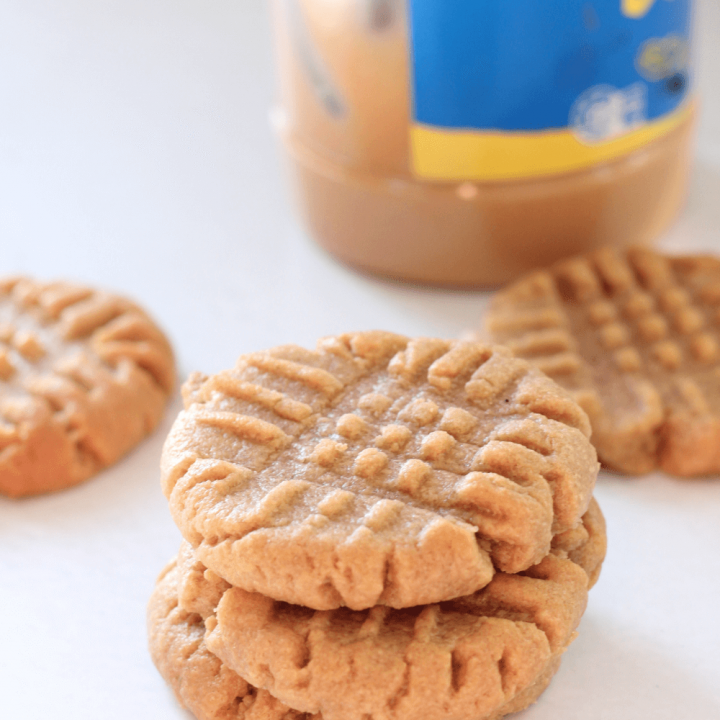 These simple 3 ingredient peanut butter cookies taste so delicious that it's impossible to stop at just one.